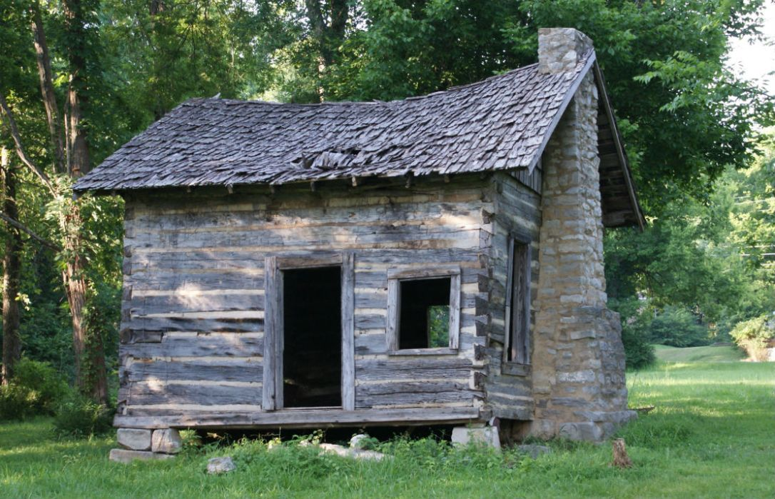 devaney cabin 1