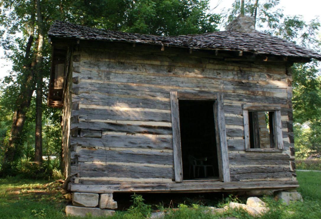 devaney cabin 4