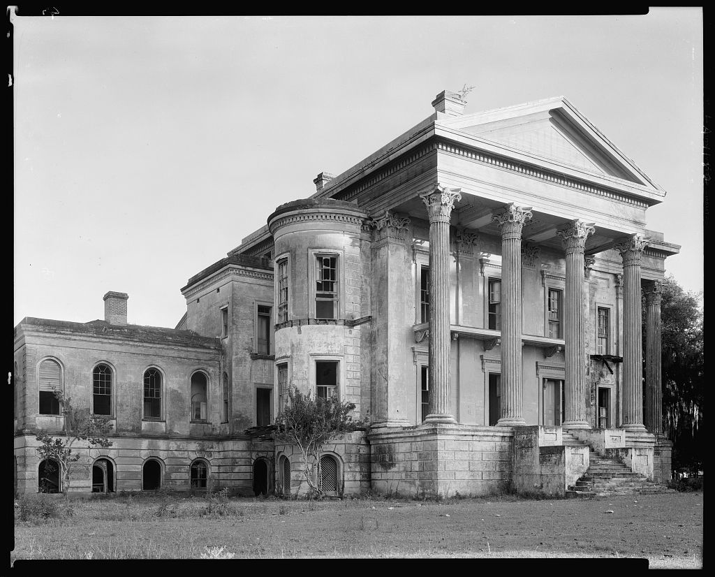 Belle Grove, front, White Castle vic., Iberville Parish, Louisiana 1938