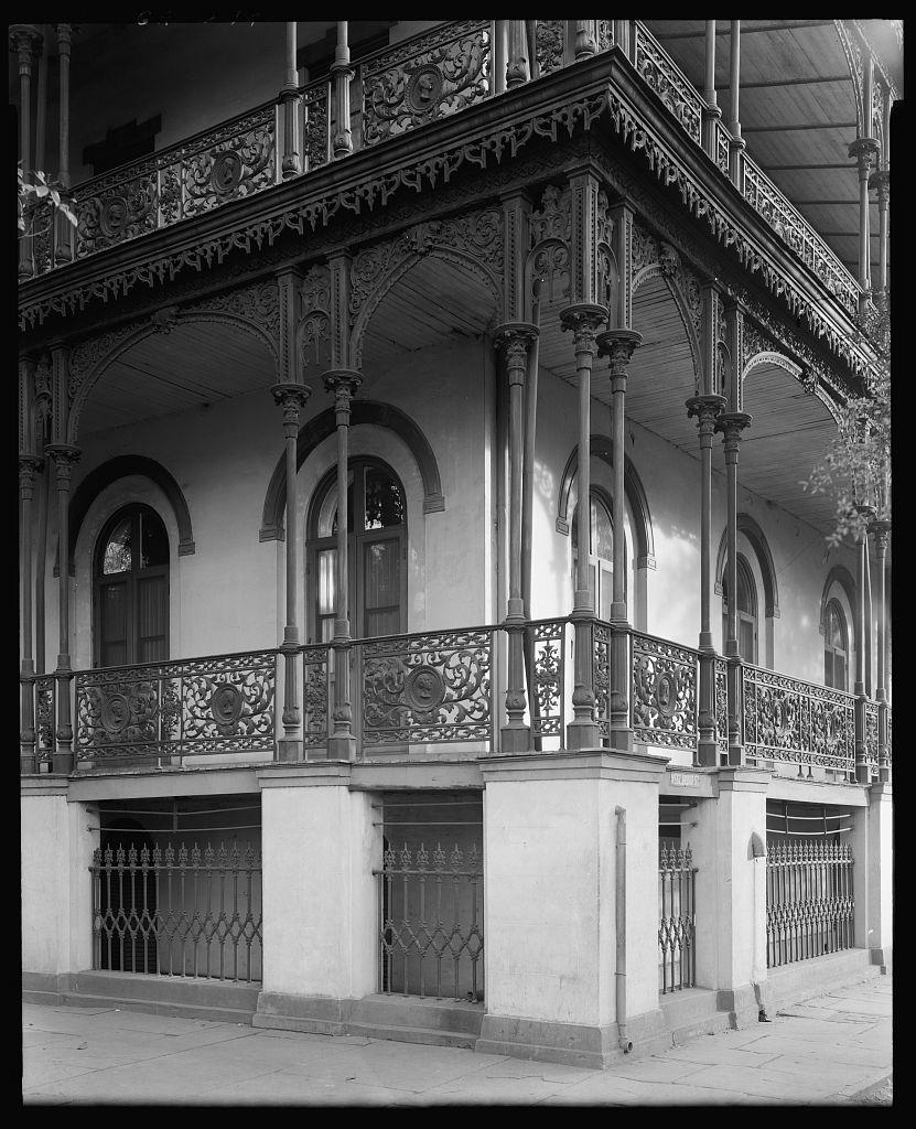 Wetter House, 425 Oglethorpe Avenue, West, Savannah, Chatham County, Georgia 1939 or 44