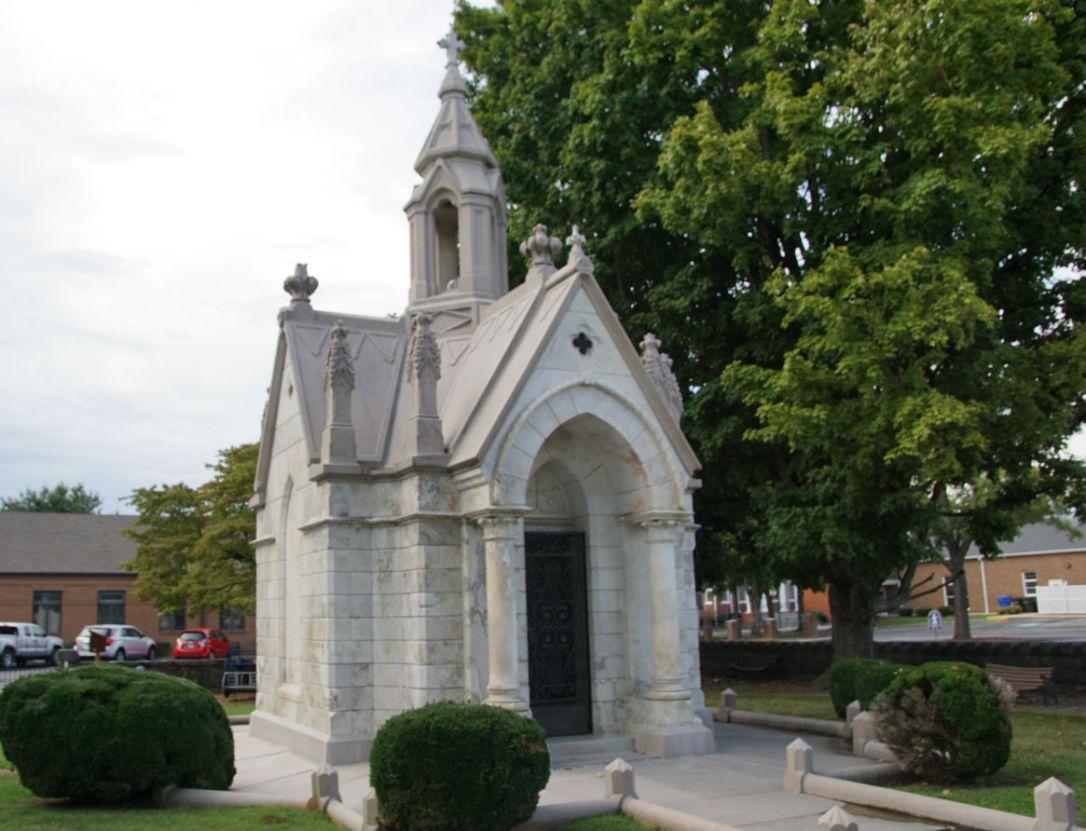 cragmiles mausoleum 5