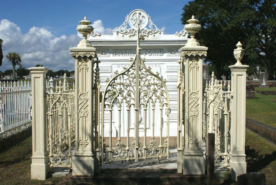 13 slatter family cast iron mag cemetery