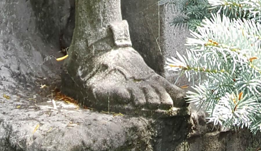 knight shoe