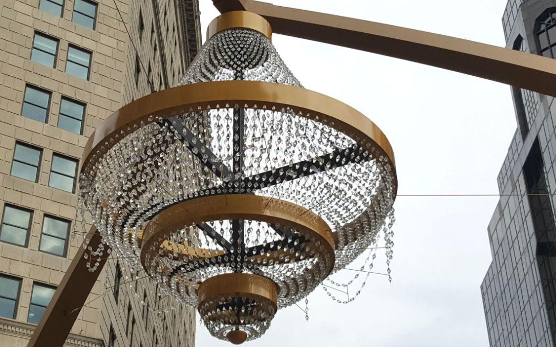 WL chandelier 4
